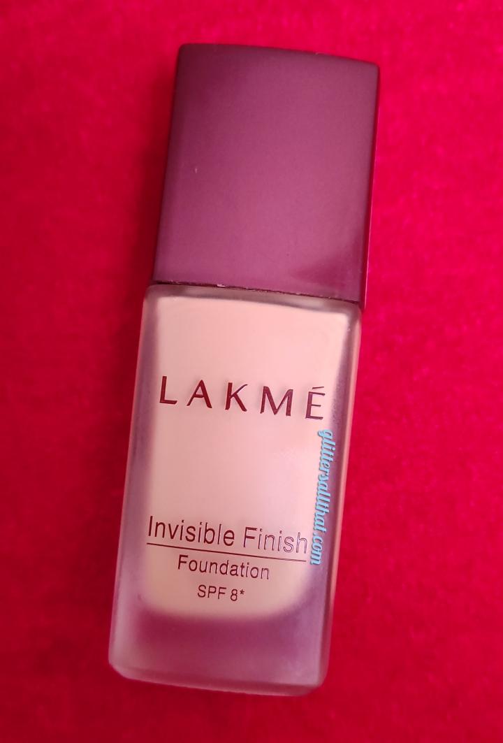 Lakme Invisible Finish Foundation SPF8